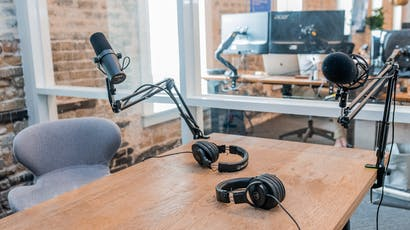 4 Podcasts Formats to Inspire your Next Webinar